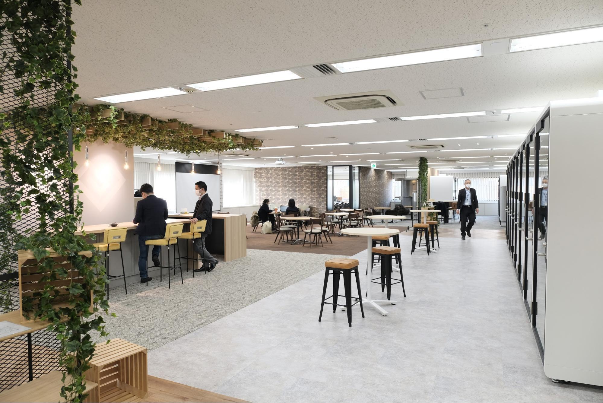 オフィスにいながら、個室でテレワークスタイル。12月開設のオフサイトセンターの使い方をご紹介します!